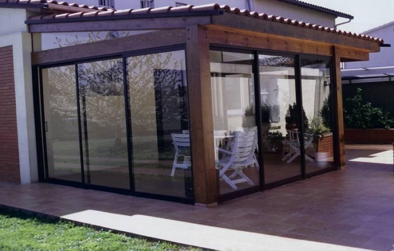 fermeture de terrasse sur mesure en aluminium menuiseries doumenc. Black Bedroom Furniture Sets. Home Design Ideas