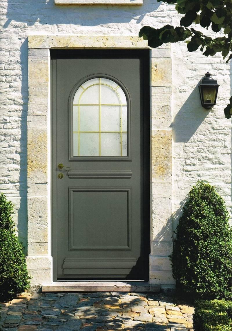 installateur de portes d 39 entr e aluminium traditionnelles. Black Bedroom Furniture Sets. Home Design Ideas