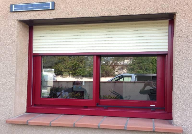 Installation De Volet Roulant Electrique Solaire Autonome Bubendorff A Toulouse Menuiseries Doumenc