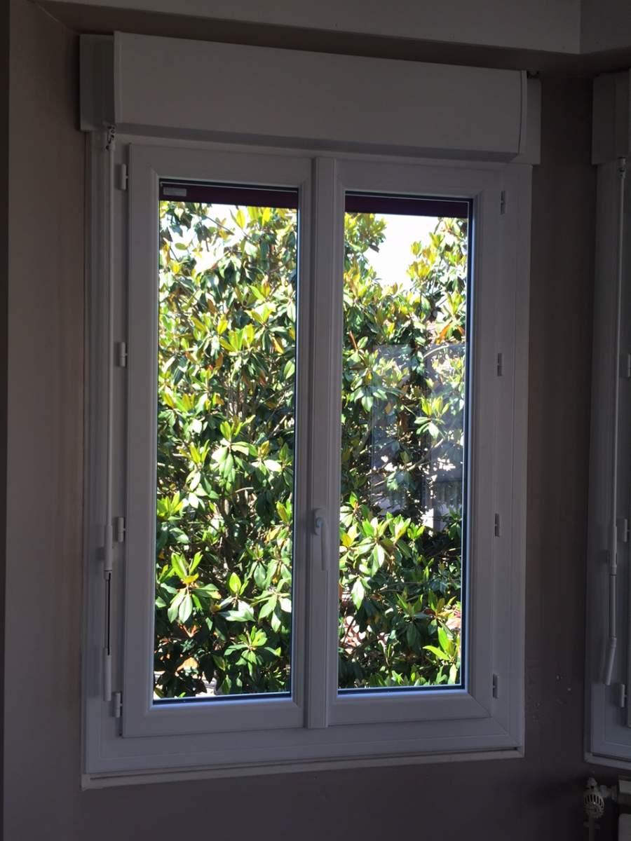 Installateur De Fenêtre Pvc Avec Volet Roulant Bloc Baie Monobloc
