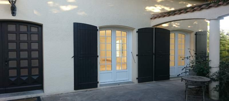 fabricant de porte d 39 entr e toulouse 31000 menuiseries. Black Bedroom Furniture Sets. Home Design Ideas
